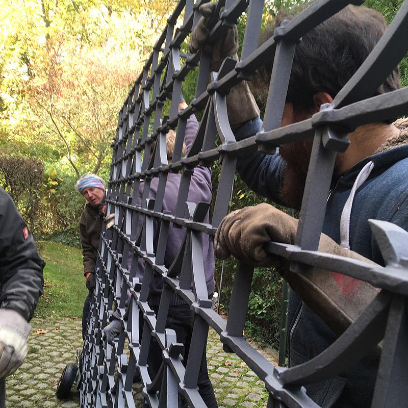 Gitter Villa Bredow Dahlem, Transport zum Einbauort